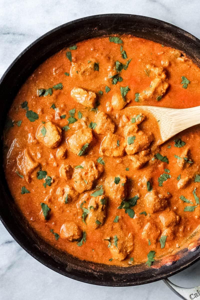easy chicken tikka masala recipe in sauce