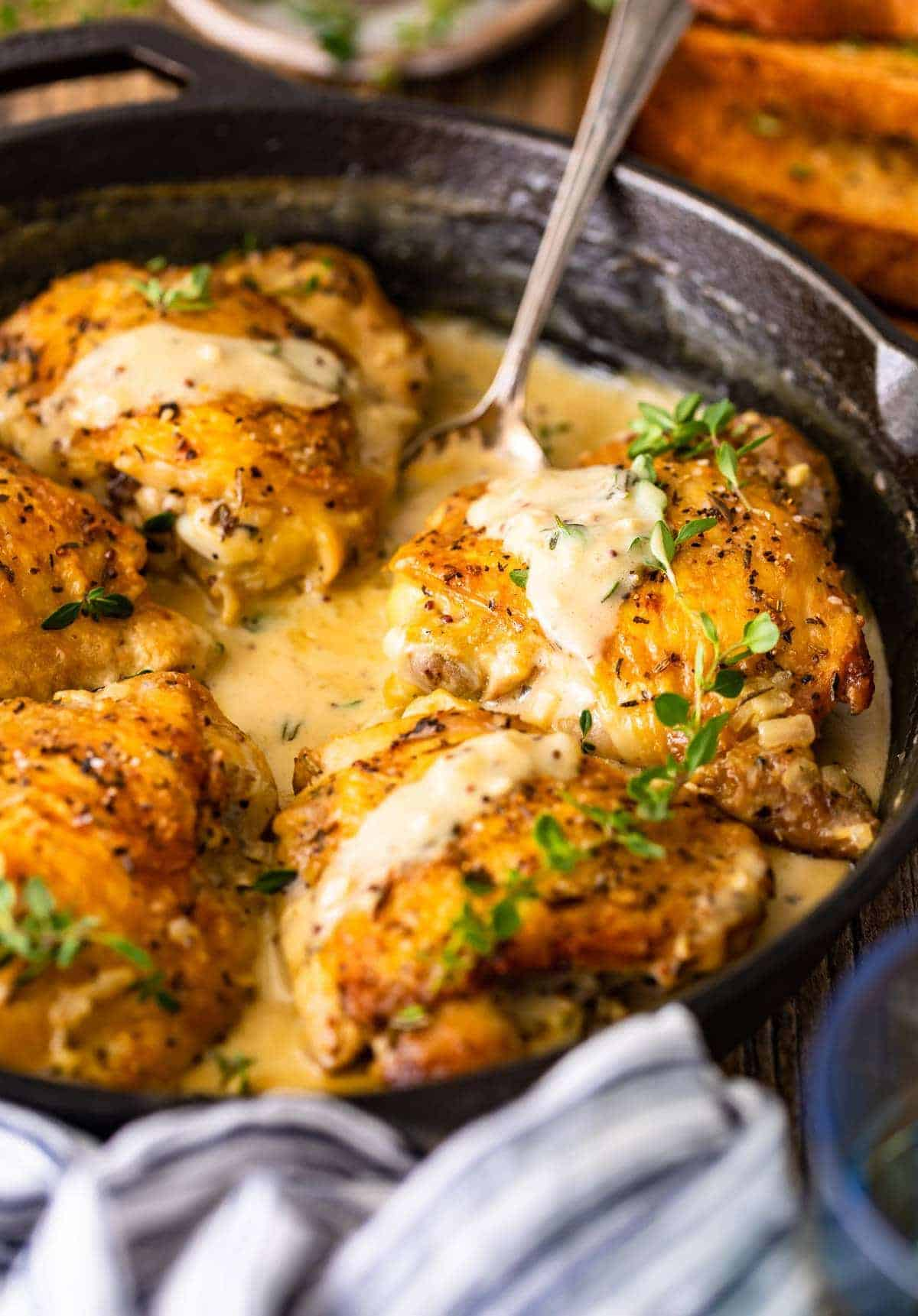 Chicken in White Wine Sauce side shot in skillet