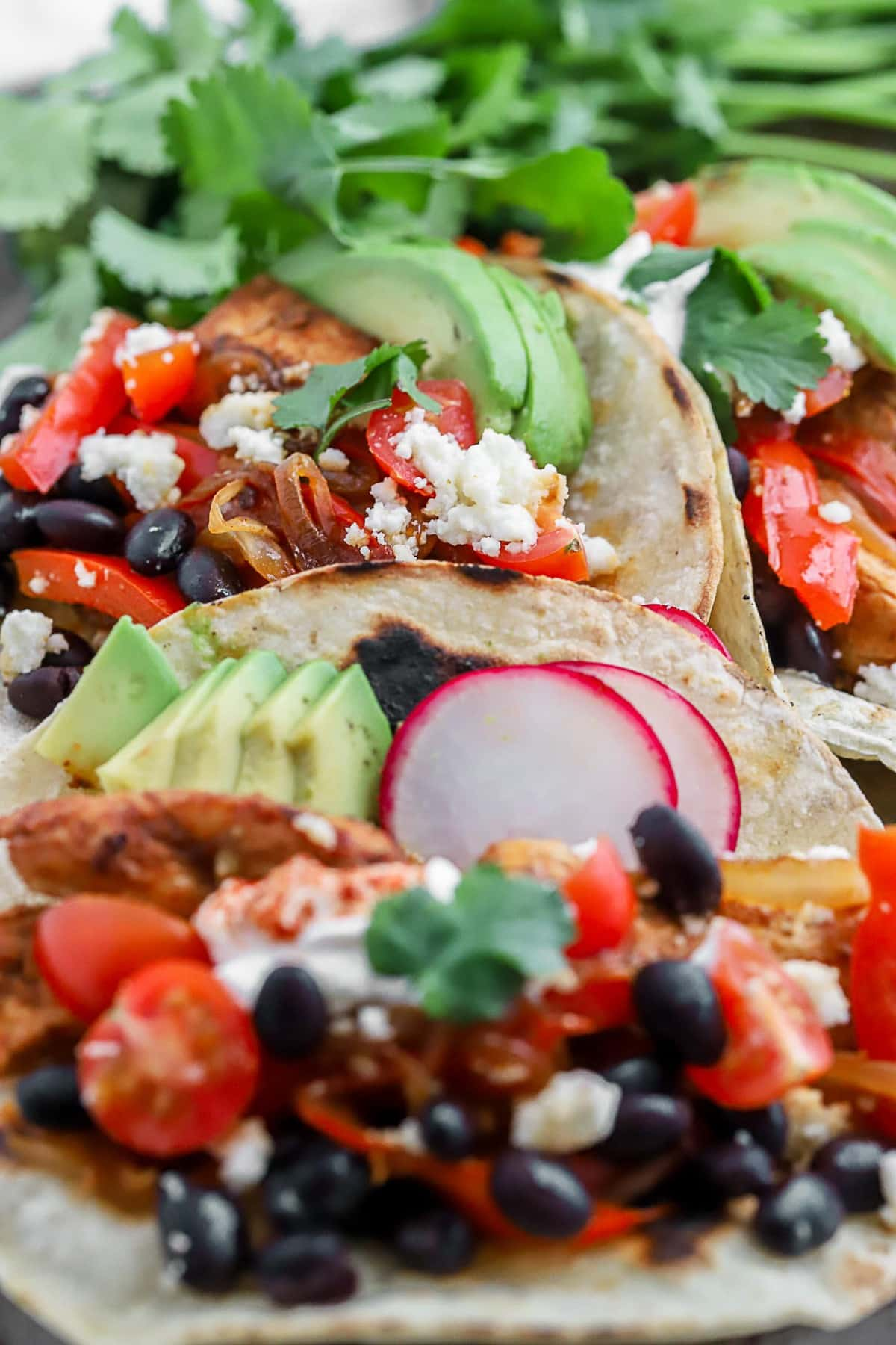 how to make spicy chicken tacos with all the toppings