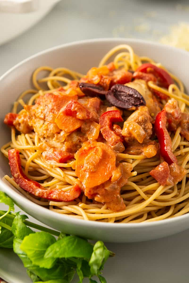 up close image of bowl of chicken cacciatore