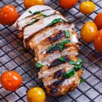 grilled balsamic chicken sliced with tomatoes