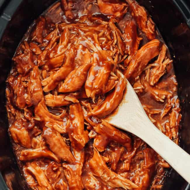 crockpot pulled bbq chicken in slow cooker