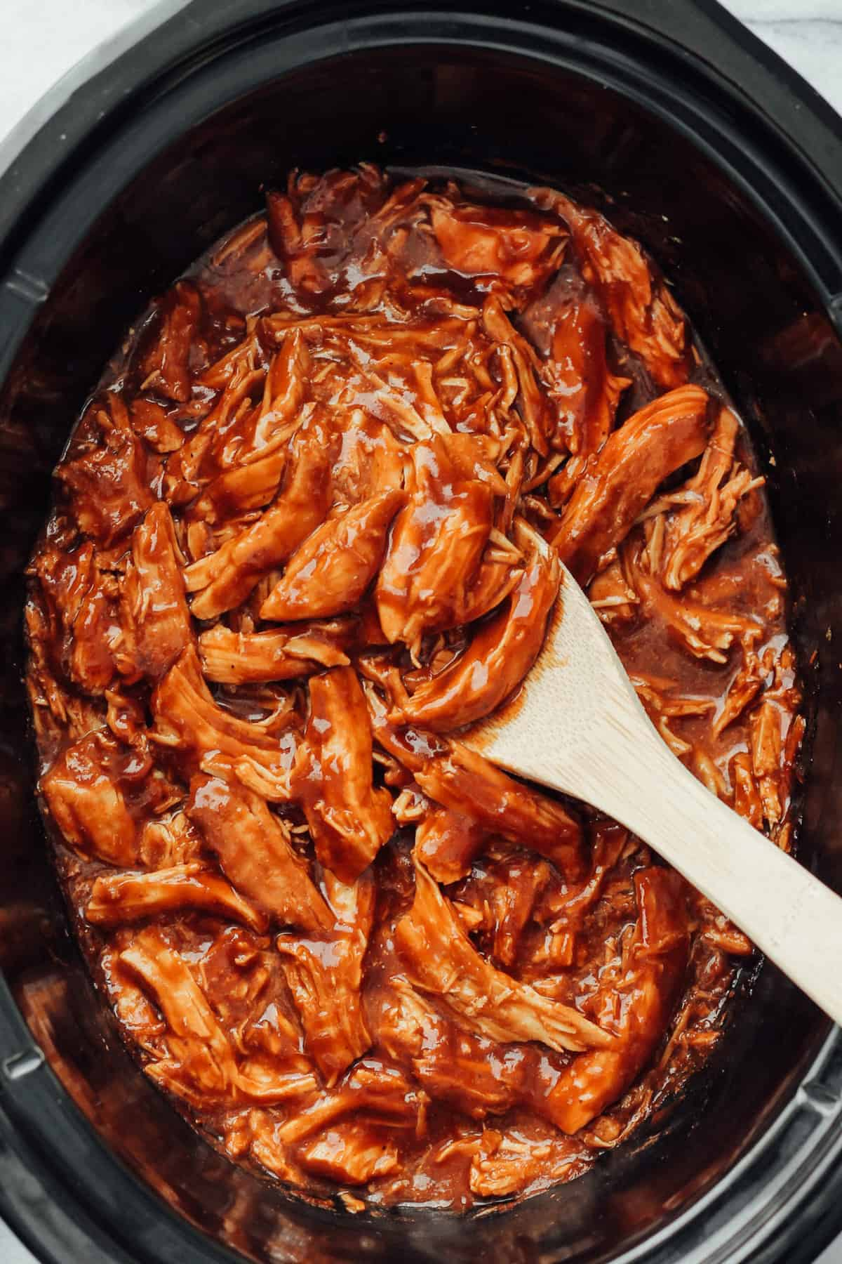shredded chicken in slow cooker