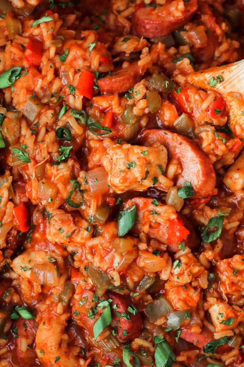 close up of chicken jambalaya