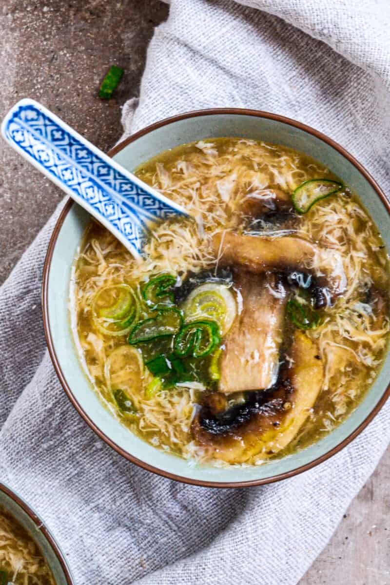 easy egg drop soup in a bowl