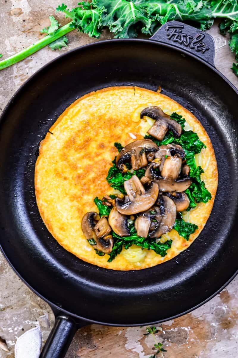 mushrooms in omelette