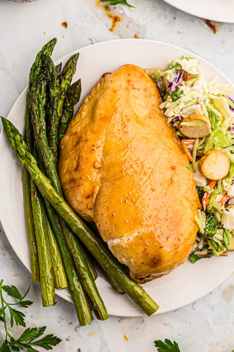 air fried chicken breast with asparagus