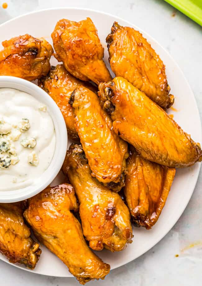 air fryer chicken wings with blue cheese