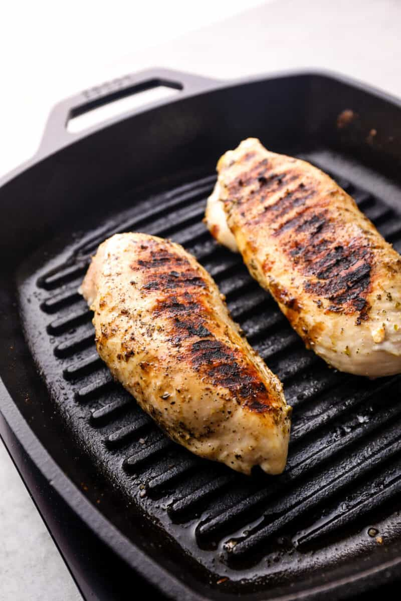 grilled chicken breast on grill pan