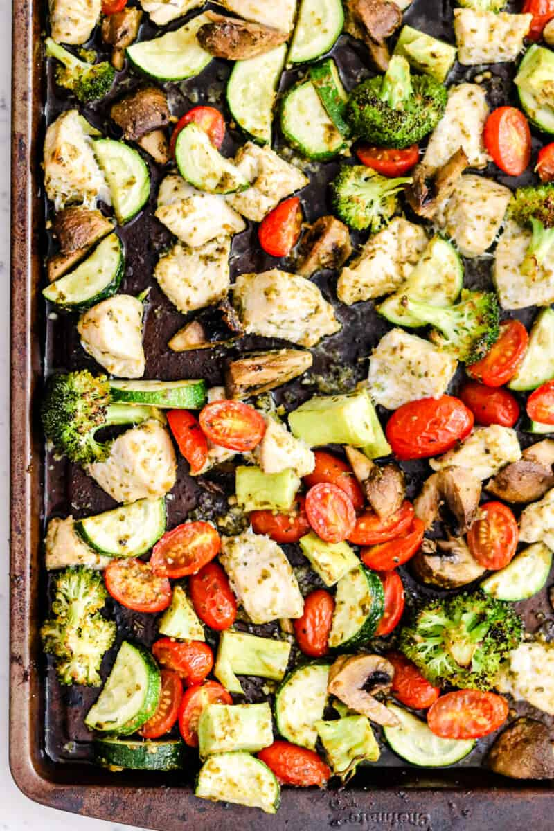 pesto chicken and vegetables on sheet pan