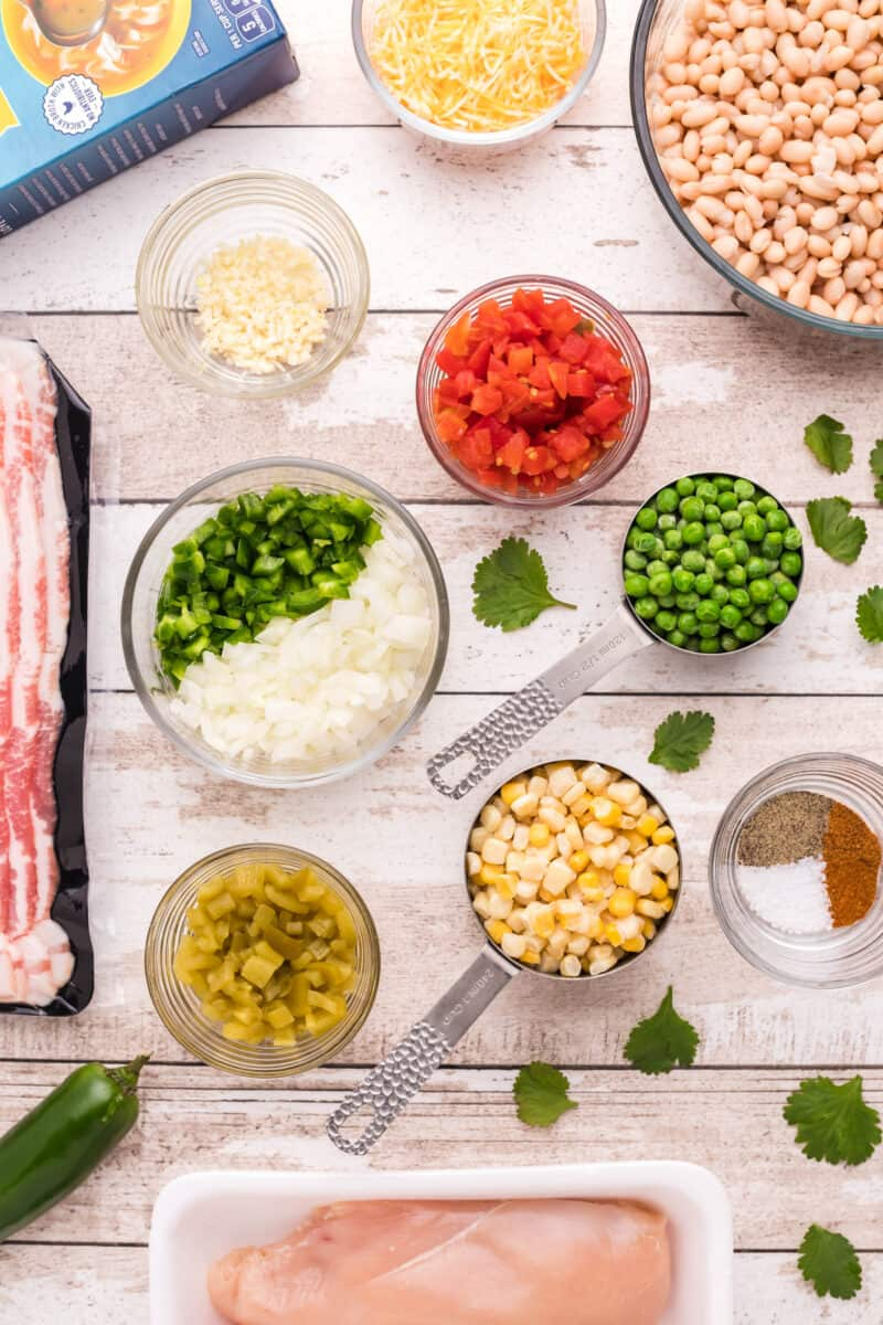 ingredients for making bacon chicken chili