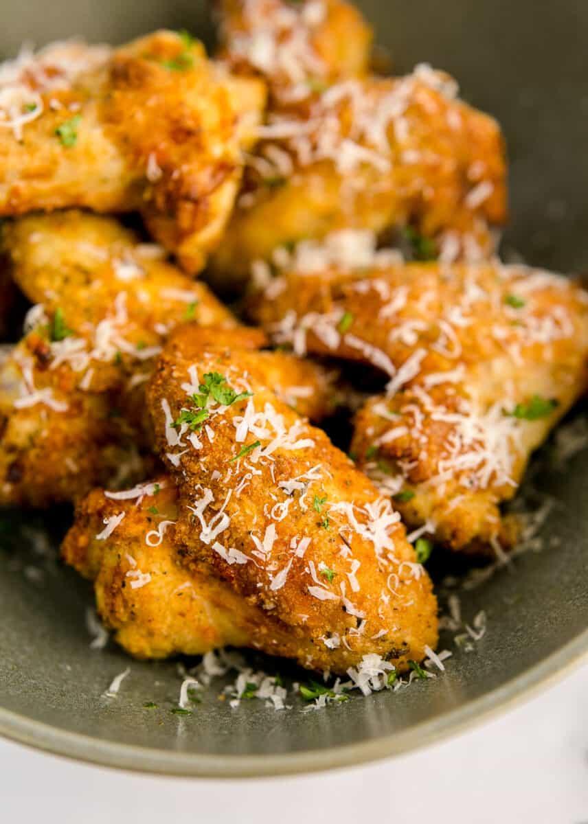 garlic parmesan wings made in an air fryer