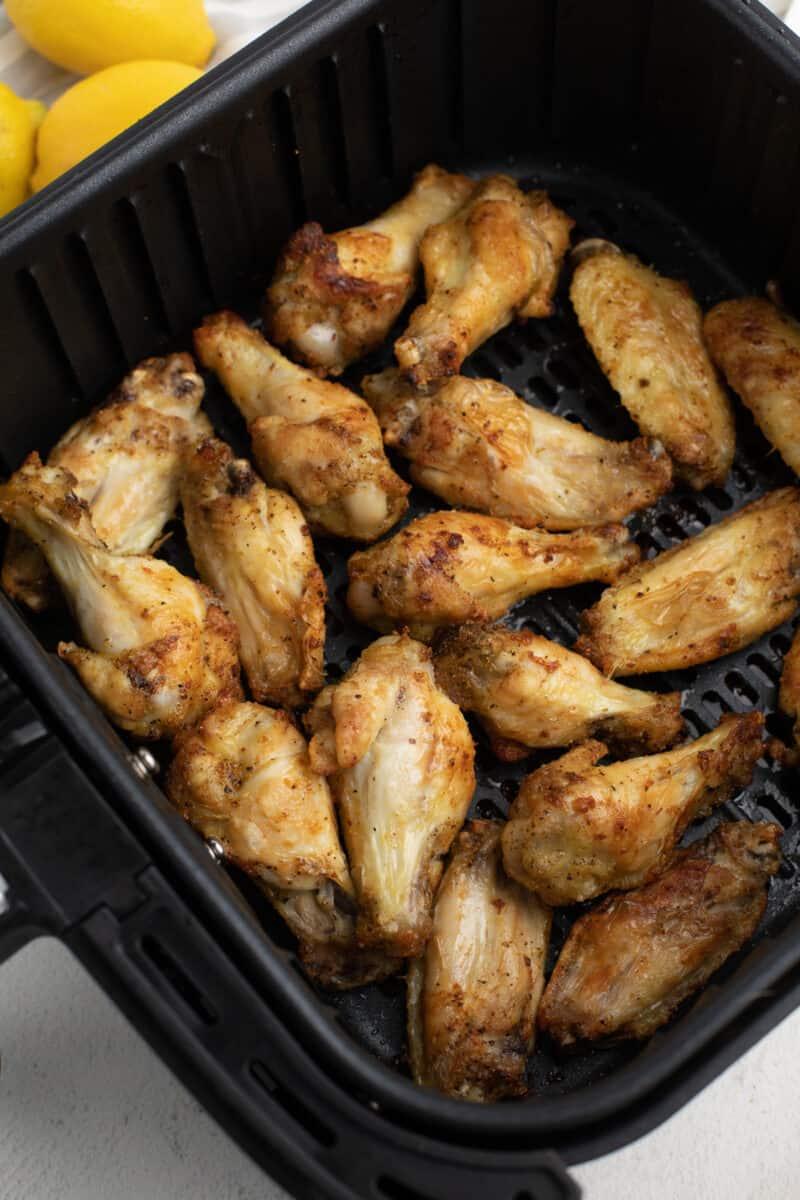 air fryer lemon pepper chicken wings in air fryer