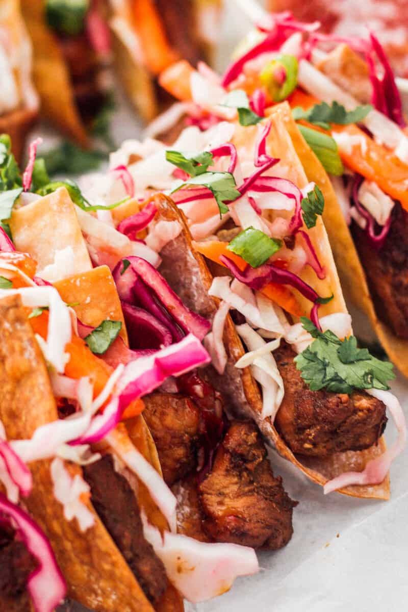 up close chicken wonton tacos with sweet chili sauce