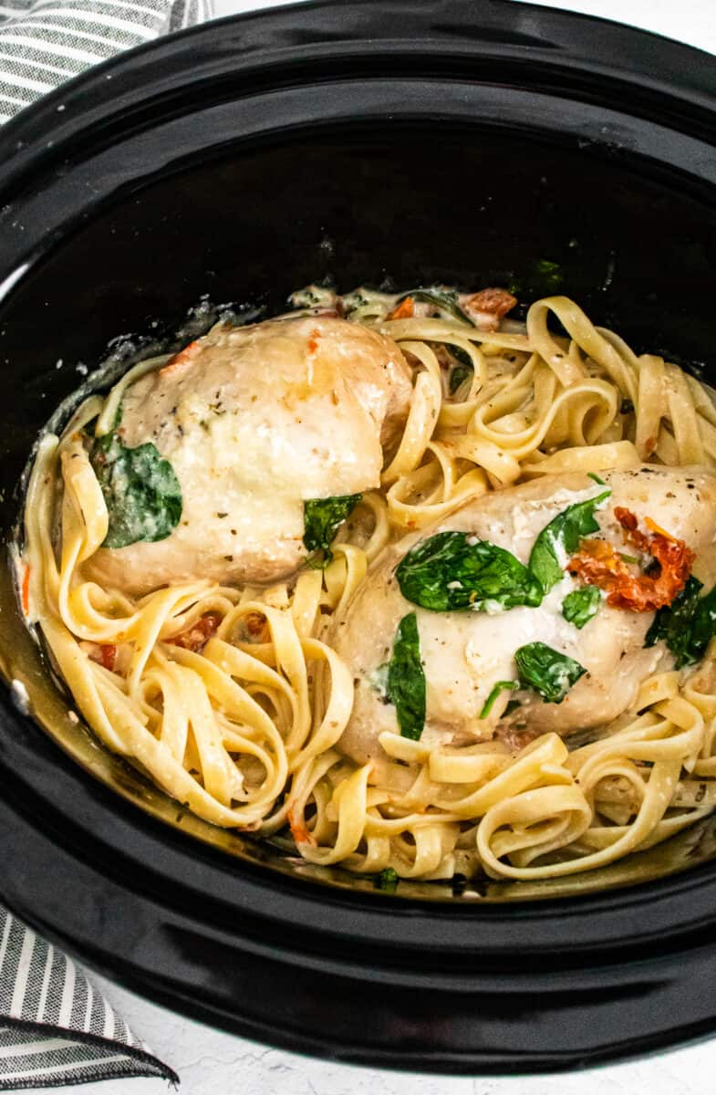 tuscan chicken with pasta in a crockpot