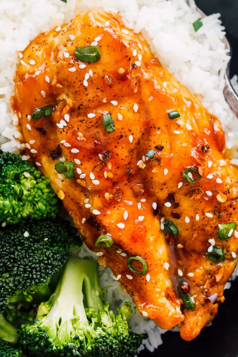 honey garlic chicken breast served with white rice and broccoli