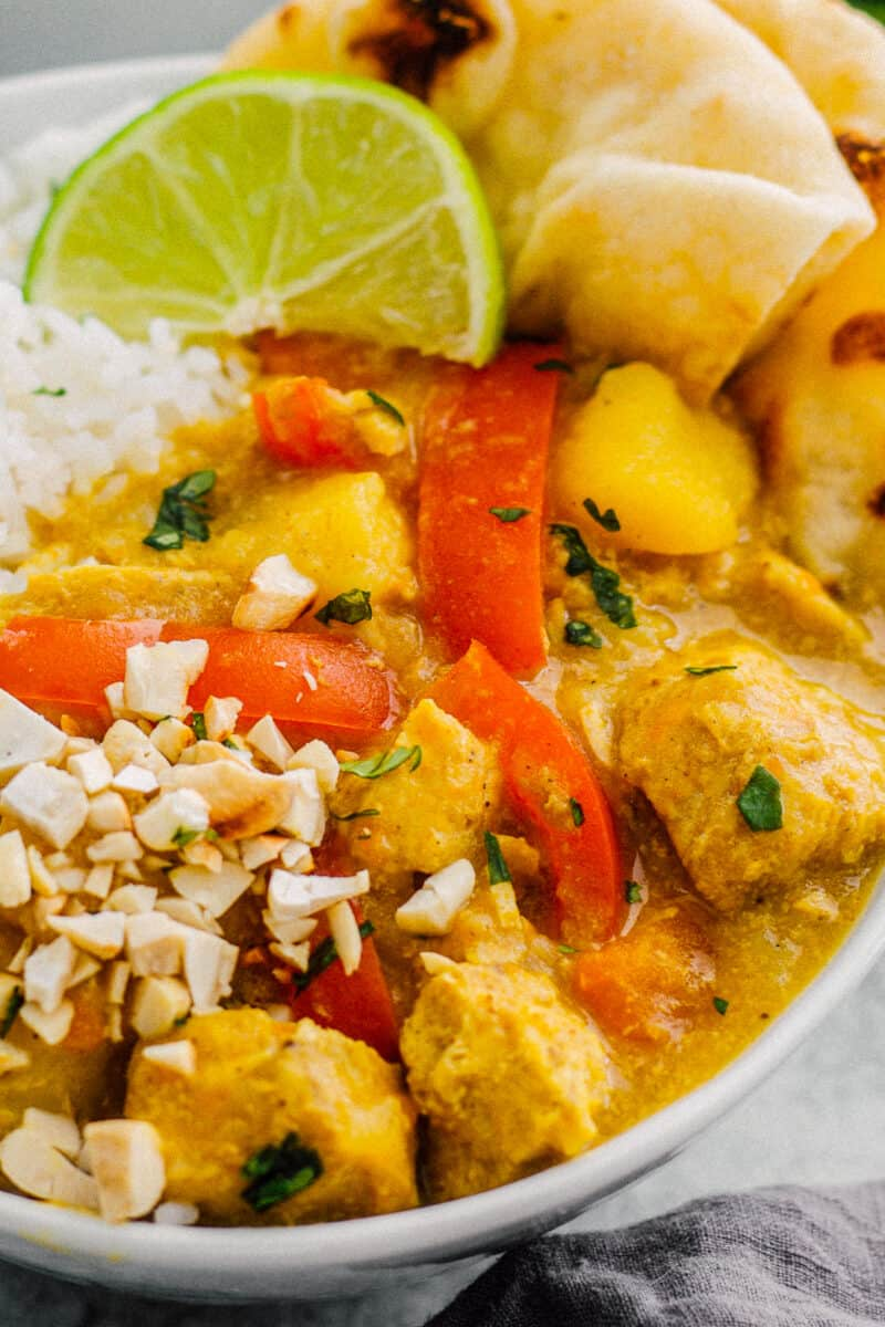 up close picture of instant pot chicken curry
