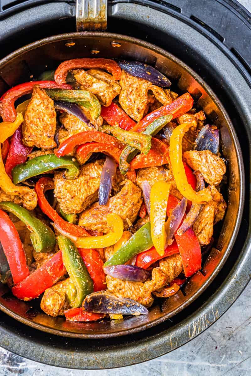 chicken and fajita vegetables in air fryer